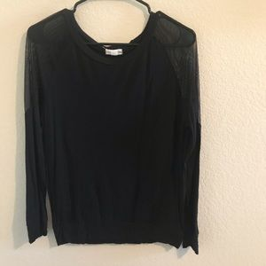 Zenana Outfitters Black Top long sleeve size small